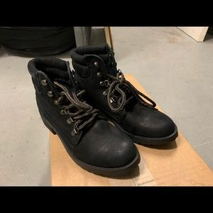 Steve Madden Women's Size 6 Boots BNWOT